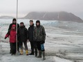 School students on Hans Glacier (Spitsbergen)